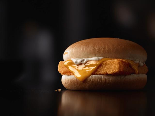 ไม่ได้มีดีแค่เบอร์เกอร์ สองเมนูหลักสุดฮิตที่สาวก McDonald's ต่างเทคะแนนให้